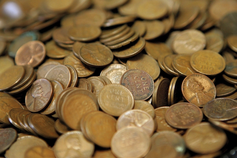 <p>Reportedly due to manufacturing costs, the US Mint may be contemplating discontinuing the penny. On March 29, 2012, Canada announced in its federal budget that it will be ending production of the penny.</p>