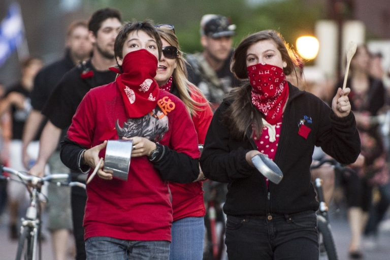 <p>Students protest tuition fee increases on May 30 in Montreal, banging on pots and pans.</p>