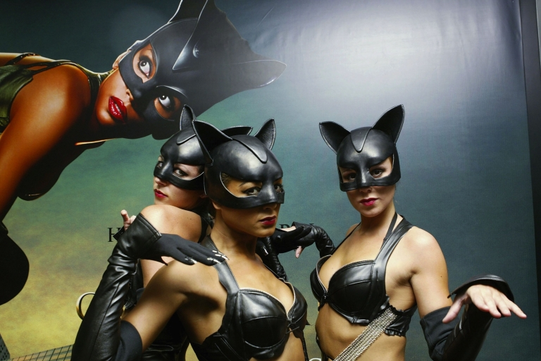 <p>Models dressed as Catwoman arrive at the European Premiere of the Halle Berry film