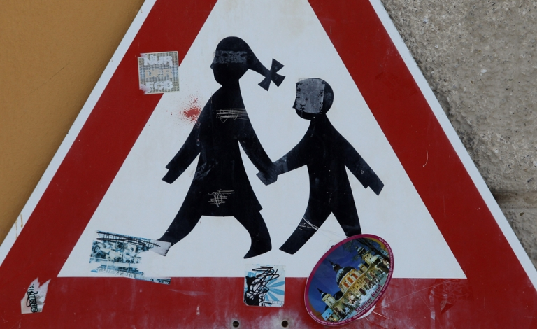<p>A traffic sign in Ettal, Germany.</p>