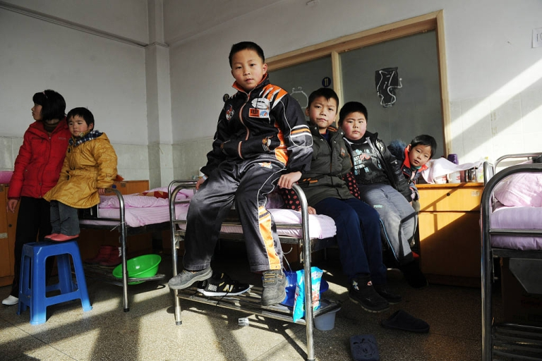 <p>Chinese children waited for check ups at a hospital in Huaining, east China's Anhui province on January 8, 2011, after twenty-eight children were hospitalized for lead poisoning blamed on an unlicensed battery factory. On June 15, Human Rights Watch issued a report claiming that Chinese officials have been covering up the extent of the problem.</p>