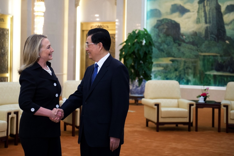 <p>Chinese President Hu Jintao shakes hands with US Secretary of State Hillary Clinton during her visit to the Great Hall of the People in Beijing on September 5, 2012.</p>