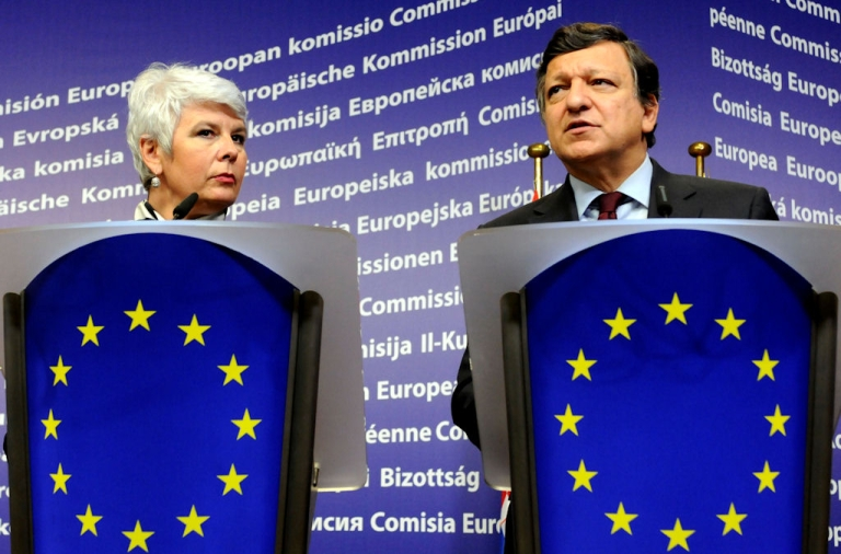<p>European Union Commission President Jose Manuel Barroso (right) and Croatia's Prime Minister Jadranka Kosor deliver remarks during their joint press conference following their meeting at the EU Commission headquarter in Brussels, on Oct. 25, 2010.</p>