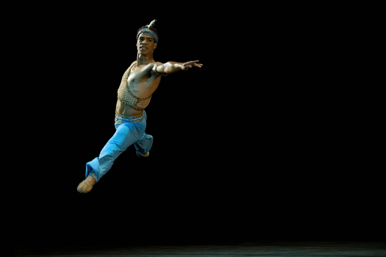 <p>Carlos Acosta, a Cuban dancer with the UK's Royal Ballet, performs on July 15, 2009 at Garcia Lorca theater in Havana during a special presentation with members of the Cuban National Ballet.</p>