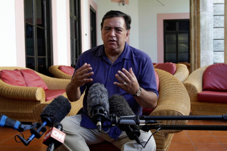 <p>Bill Richardson, the former governor of New Mexico, was unsuccessful in his attempts to negotiate Alan Gross' release from a Cuban jail. He is shown here giving a press conference on September 9, 2011, at the Hotel Nacional in Havana.</p>