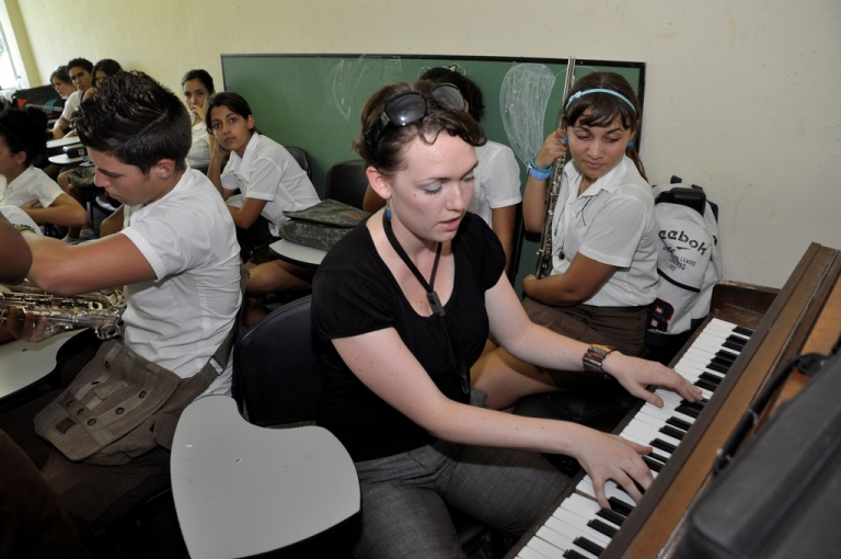 <p>Playing with students in Cuba.</p>