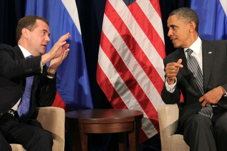 <p>Coordination between Russia and the US, the world's top two nuclear powers, is needed to combat the threat of nuclear terrorism, according to the Elbe Group, which consists of top retired military and security officials from the two countries. Here Russian President Dmitry Medvedev and US President Barack Obama discuss issues.</p>