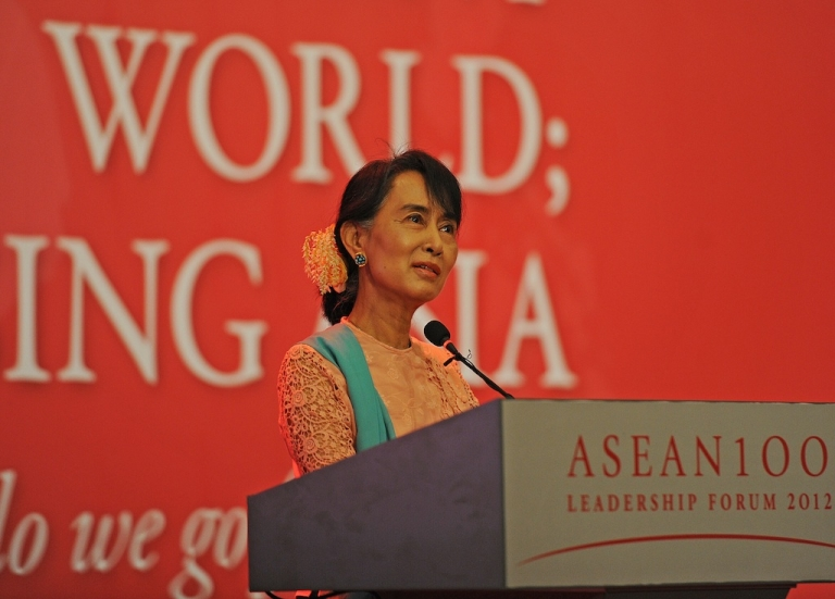 <p>Myanmar democracy leader Aung San Suu Kyi — daughter of Aung San, considered to be the Father of modern-day Burma — talks during the 'ASEAN 100 Leadership Forum 2012' at a hotel in Yangon on December 6, 2012. Suu Kyi was speaking on the topic of ' Resilience in Turbulent Times.'</p>