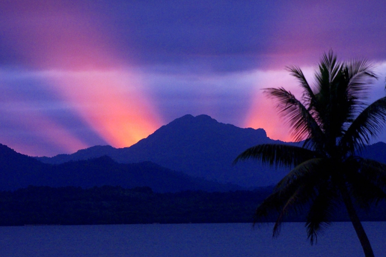 <p>The sun sets behind the mountains of Viti Levu, the largest island in the Republic of Fiji and site of the nation's capital, Suva.</p>