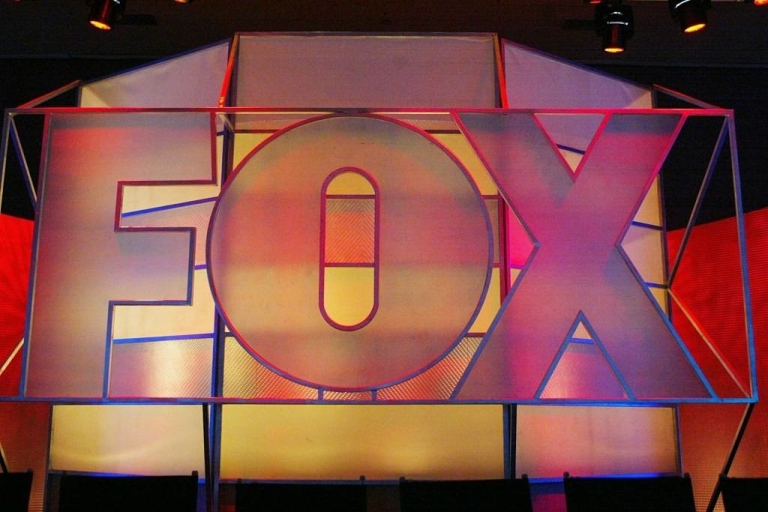 <p>UNIVERSAL CITY, CA - JANUARY 17:  Fox Network logo is displayed during the 2005 Television Critics Winter Press Tour at the Hilton Universal Hotel on January 17, 2005 in Universal City, California.  (Photo by Frederick M. Brown/Getty Images) *** Local Caption *** Fox</p>