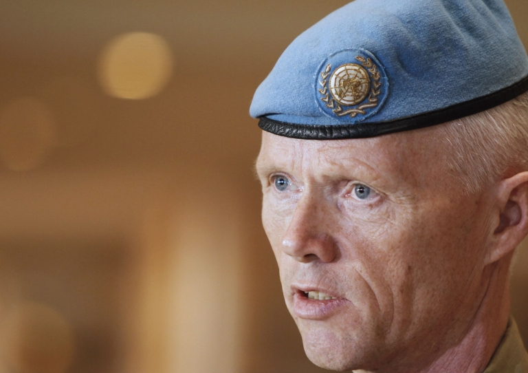 <p>General Robert Mood of Norway said Saturday that UNSMIS observers would halt their patrols and remain at their current locations, although he promised that the suspension would be reviewed on a daily basis and stressed that the mission remained committed to bringing an end to the violence in Syria.</p>