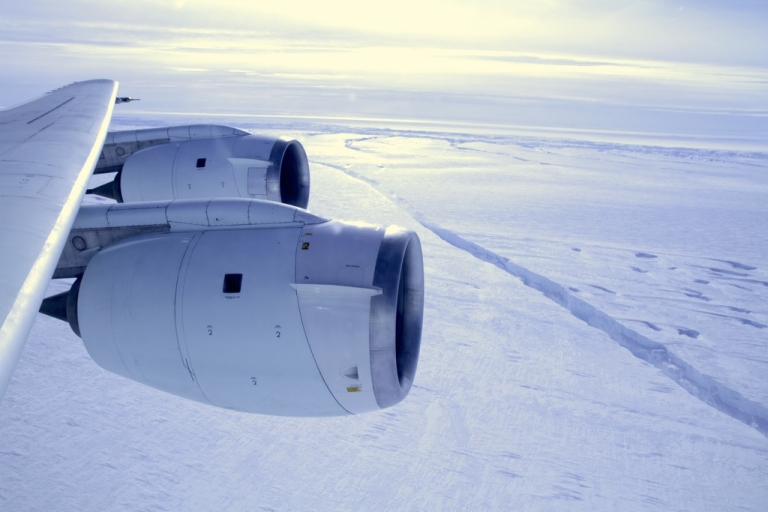 <p>NASA's Operation IceBridge has discovered an enormous and growing crack in the Pine Island Glacier in western Antarctica.</p>