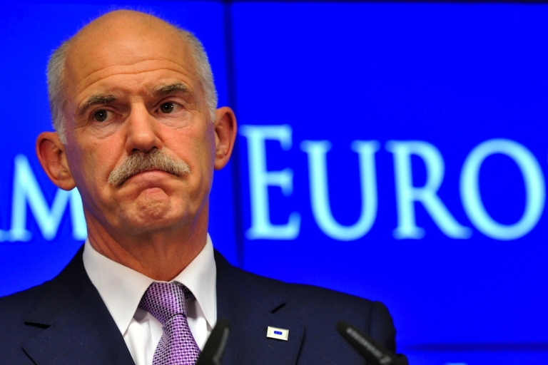 <p>Should the Greek Prime Minister George Papandreou resign and the government be dissolved?</p>