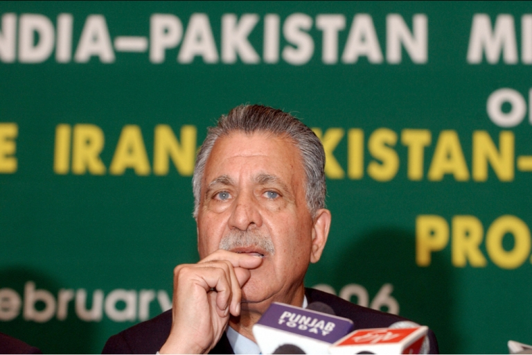 <p>A Pakistani minister taking part in talks with India over the proposed Iran-Pakistan-India pipeline during 2006 negotiations. India later pulled out of the project.</p>