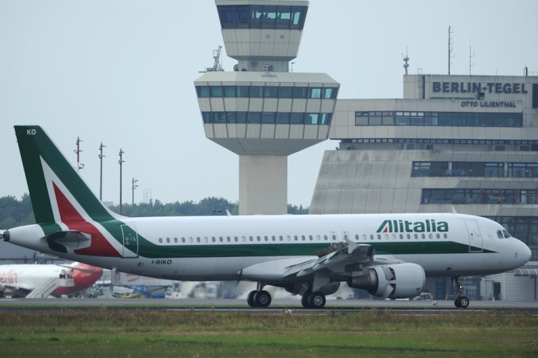 <p>Alitalia will offer flights to stranded Wind Jet passengers at discounted rates.</p>
