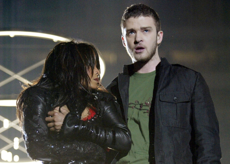 <p>Singers Janet Jackson and surprise guest Justin Timberlake perform during the halftime show at Super Bowl XXXVIII between the New England Patriots and the Carolina Panthers at Reliant Stadium on February 1, 2004 in Houston, Texas.  At the end of the performance, Timberlake tore away a piece of Jackson's outfit.</p>