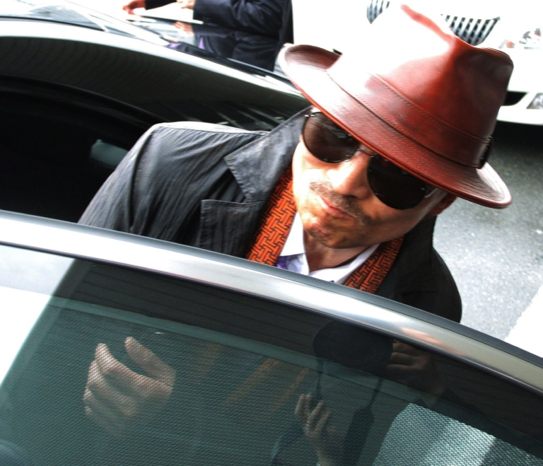 <p>The Treasury Department announced yesterday that it was freezing the assets of Kenichi Shinoda, sixth-generation boss of Japan's largest gang, the Yamaguchi-gumi.</p>