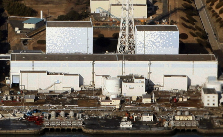 <p>An aerial view of the quake-damaged nuclear power plant in the Japanese town of Futaba, Fukushima prefecture on March 12, 2011.</p>
