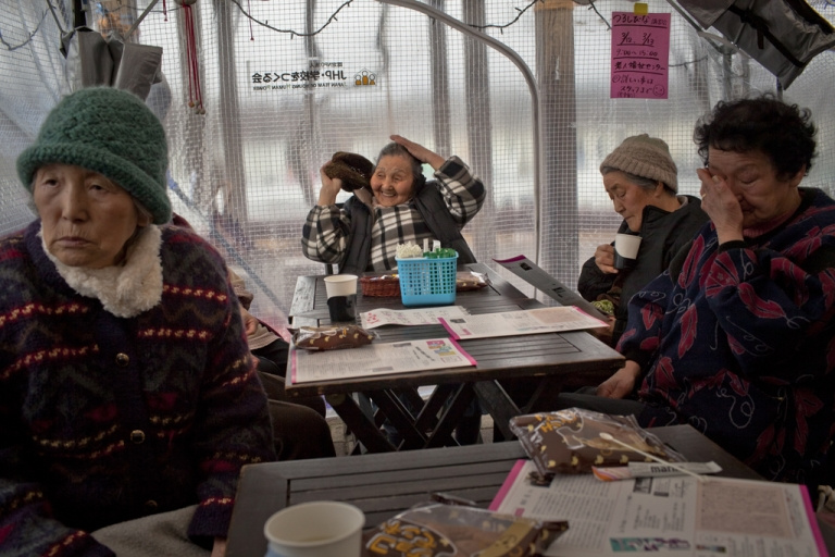 <p>A new study from Japanese researchers suggests women may live longer because of their immune system.</p>