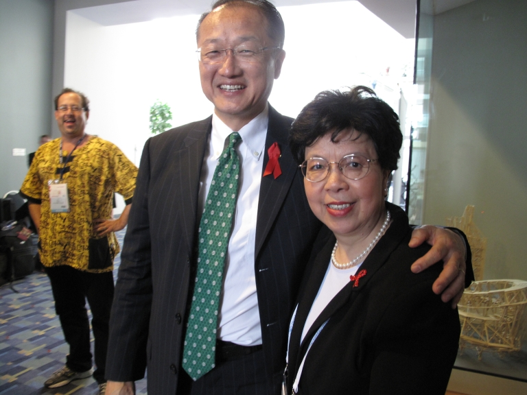 <p>World Bank President Jim Yong Kim with World Health Organization Director-General Margaret Chan at the 2012 International AIDS Conference in Washington, DC.</p>