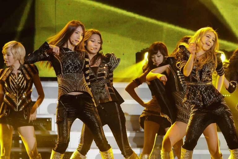 <p>South Korean girl group Girls' Generation perform at the 21st High1 Seoul Music Awards in Seoul on Jan. 19, 2012.</p>