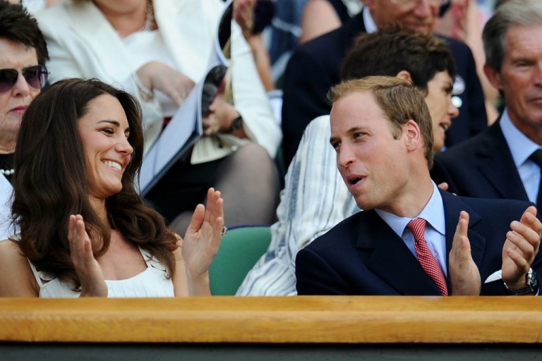 <p>Kate and Will enjoy themselves watching the fourth round match between Andy Murray and Richard Gasquet on day seven of the Wimbledon Lawn Tennis Championships on June 27, 2011.</p>