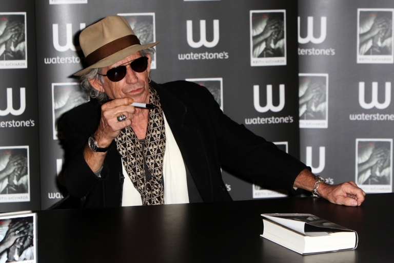 <p>Keith Richards signs copies of his his book 'Life' on November 3, 2010 in London, England.</p>