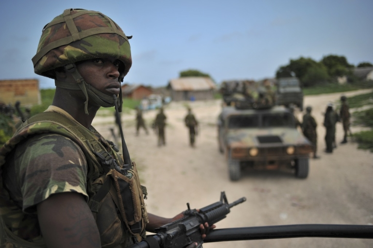 <p>A Kenyan Defence Force soldier is pictured in Ras Kamboni, southern Somalia on December 13, 2011.</p>