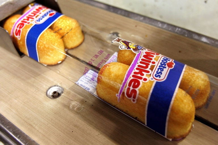 <p>According to a report by the Environmental Working Group, some children's cereal—like Kellogg's Honey Smacks, Post Golden Crisp, and General Mills Wheaties Fuel—contain more sugar than a Hostess Twinkie.</p>
