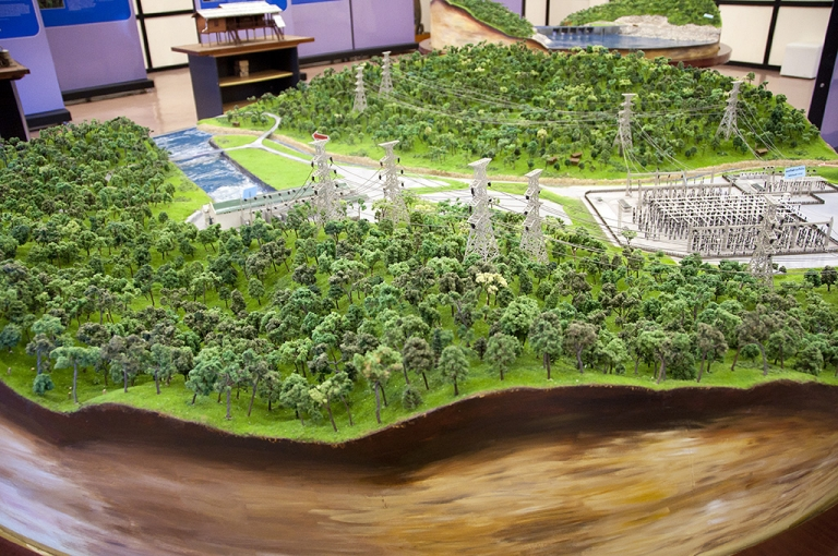<p>A model of the Nam Theun 2 dam at the Visitors Center in Thakek, Laos.</p>