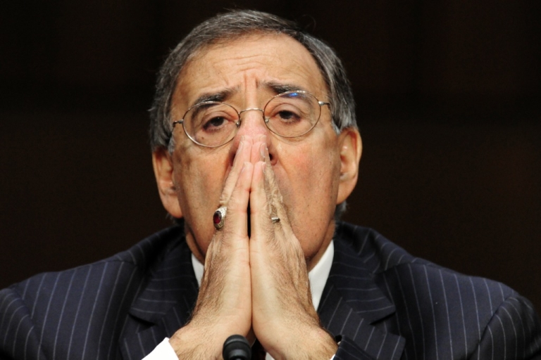 <p>US Secretary of Defense, Leon Panetta, is visiting Israel to discuss Iran and its nuclear ambitions.</p>