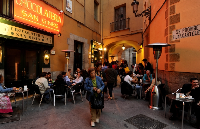 <p>An outdoor eatery in Madrid, Spain. Police officials said Tuesday, March 8, that they had found Austin Bice's body in the Manzanares River, a Madrid waterway near the nightclub where he was last seen a week earlier. (Photo by Jasper Juinen/Getty Images)</p>