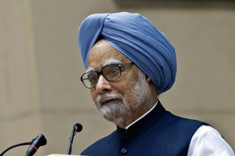<p>Indian Prime Minister Manmohan Singh presenting his United Progressive Alliance government's annual report card at a function in New Delhi on May 22, 2012.</p>