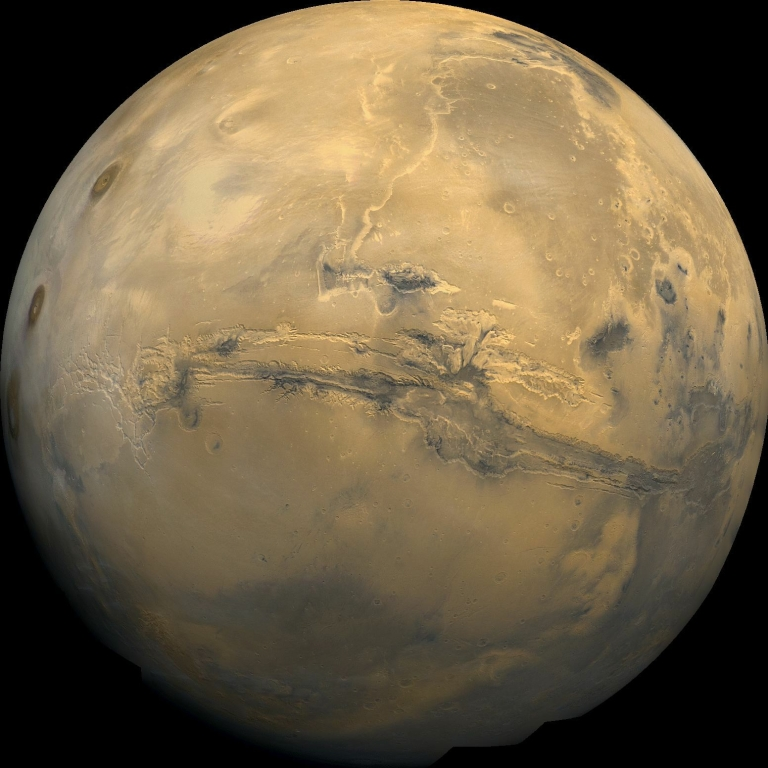 <p>A UCLA scientist says that he has discovered evidence of plate tectonics on Mars.</p>