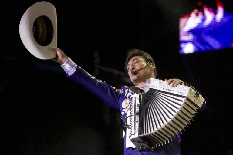 <p>Award-winning norteña music band Los Tigres del Norte recently ran afoul of prohibitions in Chihuahua for singing a song considered a