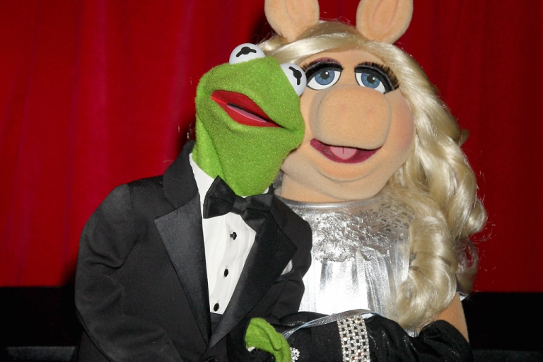 <p>Kermit the Frog and Miss Piggy attend the UK Premiere of The Muppets at The Mayfair Hotel on January 26, 2012 in London, England. The Muppets shot back at Fox News after a host on the network accused The Muppets Movie of having a
