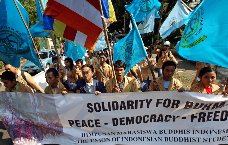 <p>Buddhist students shout slogans during a demonstration in front of the Myanmar embassy in Jakarta. The students urged the Myanmar government not to suppress its citizens' call for freedom and democracy.</p>