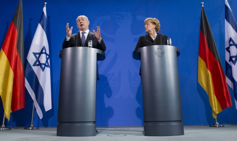 <p>Israeli Prime Minister Benjamin Netanyahu and German Chancellor Angela Merkel attend a joint press conference at the Chancellery in Berlin, on December 6, 2012.</p>
