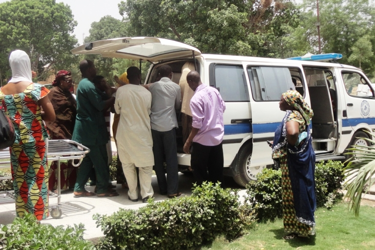 <p>A seriously injured victim of a shooting is taken out from an ambulance outside the emergency unit at the Aminu Kano Teaching Hospital, in northern Nigerian city of Kano, where christian worshippers were killed and others seriously injured in attacks on two church services on April 29, 2012. The attack left at least 16 people dead and 22 people seriously injured.</p>