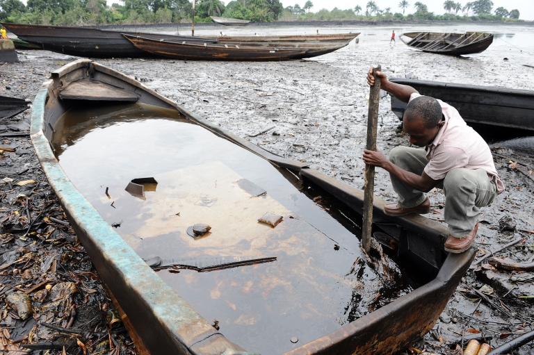 <p>A November 2011 Amnesty International report blamed Shell for spilling 280,000 barrels in Bodo, and called on the company to pay $1 billion to clean up the damage in the Niger Delta.</p>