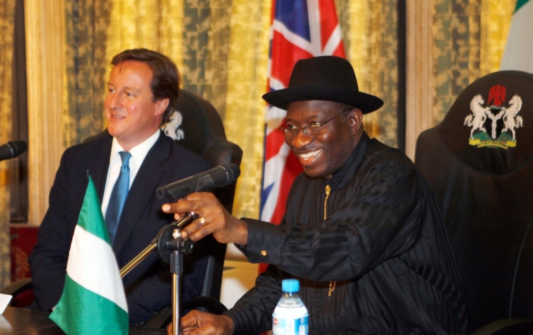 <p>British Prime Minister David Cameron and Nigerian President Goodluck Jonathan take part in round table talks at the State House in Lagos, Nigeria.</p>