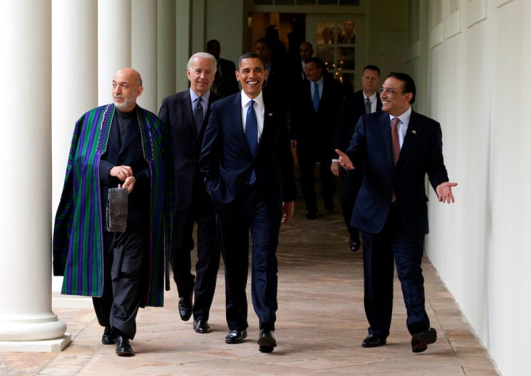 <p>(L to R) Afghan President Hamid Karzai, U.S. Vice-President Joe Biden, U.S. President Barack Obama and Pakistan President Asif Ali Zardari walk along the Colonnade after a meeting at the White House May 6, 2009 in Washington, DC. .</p>