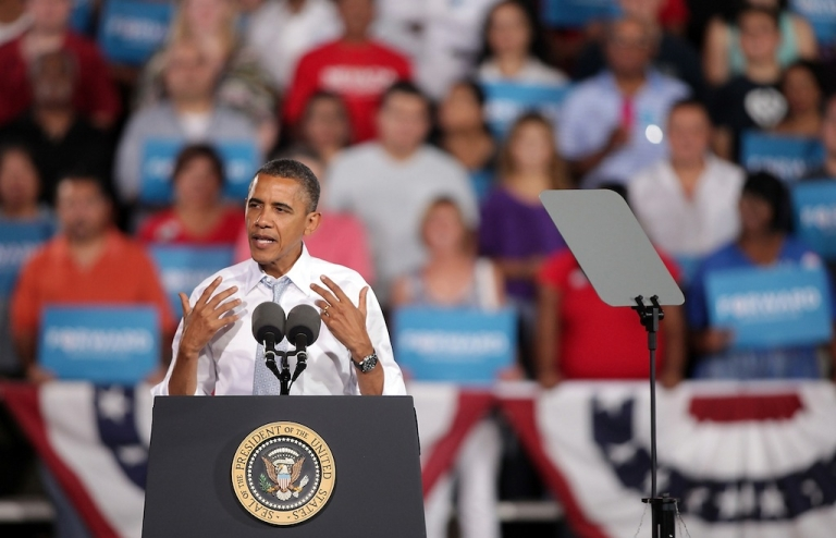 <p>US President Barack Obama speaks at a campaign rally at Desert Pines High School on Sept. 30, 2012 in Las Vegas, Nevada. Obama is scheduled to be in Henderson, Nevada through Wednesday preparing for his first presidential debate against Republican presidential candidate, former Massachusetts Gov. Mitt Romney.</p>