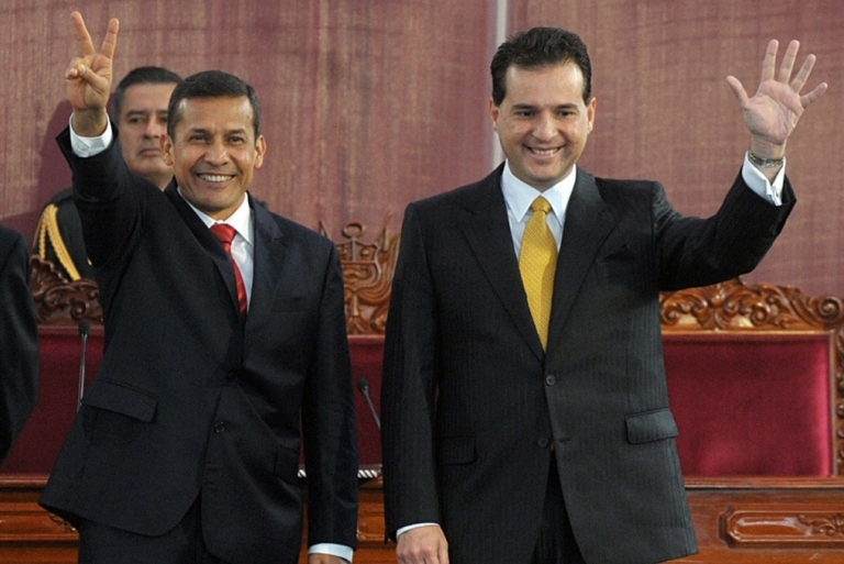 <p>Omar Chehade, the former VP, on the right. Could his fall bring down the president?</p>