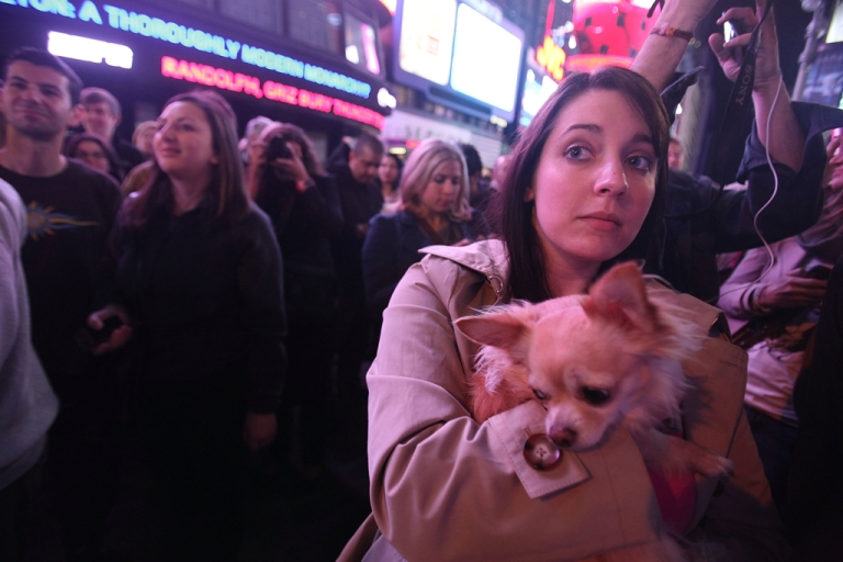 <p>People gather in Times Square, New York, after U.S. President Barack Obama announced the death of accused 9/11 mastermind Osama bin Laden.</p>