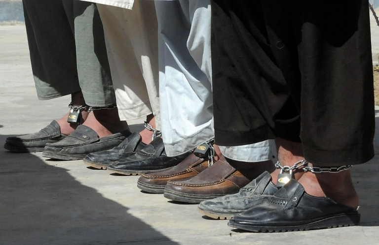 <p>Its thought that 381 of the 944 inmates at Bannu's prison in north-western Pakistan escaped during the Taliban attack.</p>