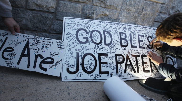 <p>Penn State fans leave notes for Joe Paterno outside Beaver Stadium after the Penn State vs. Nebraska NCAA football game in the wake of the Jerry Sandusky scandal on November 12, 2011 in State College, Pennsylvania. Penn State lost their final home game 17-14 to Nebraska. Penn State head football coach Joe Paterno was fired amid allegations that former Penn State defensive coordinator Jerry Sandusky was involved with child sex abuse.</p>