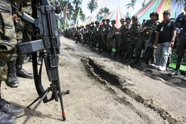 <p>Islamic separatists known as the Moro Islamic Liberation Front (MILF) at a gathering of top officers of the MILF in Camp Darapanan, Sultan Kudarat in the southern Philippines.</p>