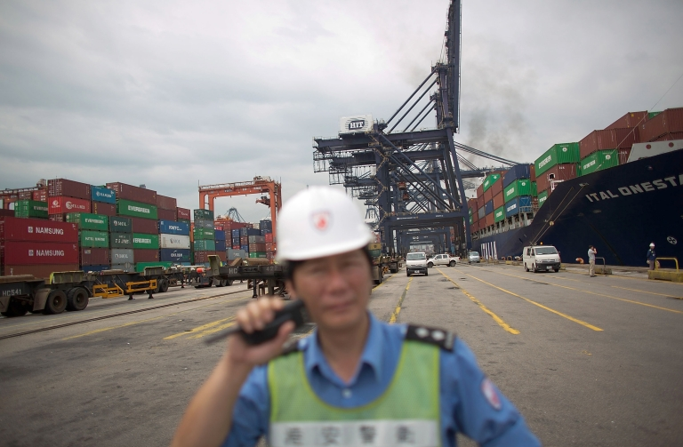 <p>Chinese manufacturing rose in March after a downturn early in 2013. The increase in output was, however, slower than economists predicted.</p>