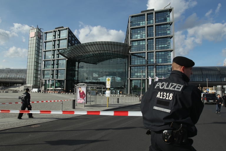 <p>Police outside Berlin's Hauptbahnhof in September 2012. The city's main train station suffered disruption as police defused a nearby bomb left over from World War II on April 4, 2013.</p>
